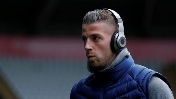 مارتينيز مدرب بلجيكا يقول الدرفيريلد بحاجة للعب قبل كأس العالم