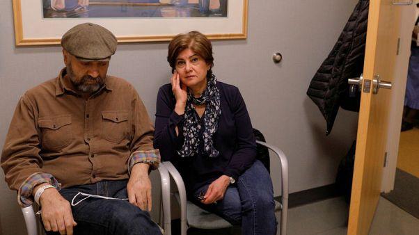 أمريكا تسمح بدخول إيراني لمساعدة شقيقه المصاب بالسرطان رغم حظر السفر
