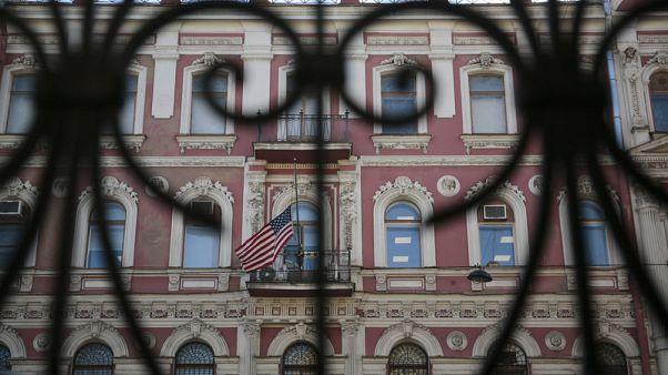 روسيا تطرد 60 دبلوماسيا أمريكيا على خلفية قضية تسميم جاسوس سابق