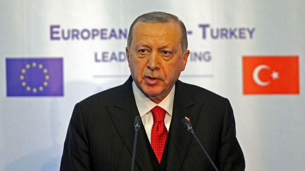 مستشار إردوغان: التضخم في تركيا سينخفض خلال النصف/2 من 2018