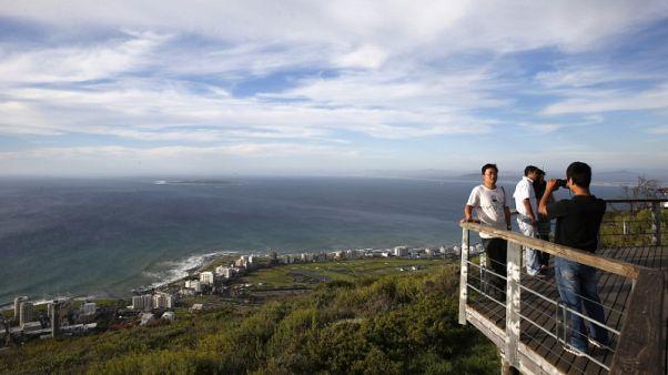 """وزير: السياحة في جنوب أفريقيا لديها """"إمكانيات ضخمة للنمو"""""""
