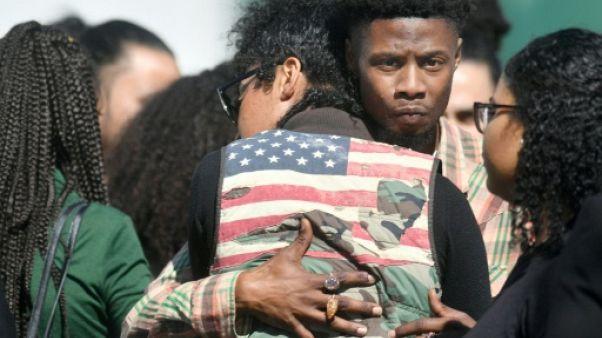 Californie: le jeune Noir abattu par des policiers leur tournait le dos