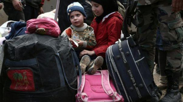 """Syrie: l'avant-dernière enclave dans la Ghouta """"vidée"""" des rebelles"""