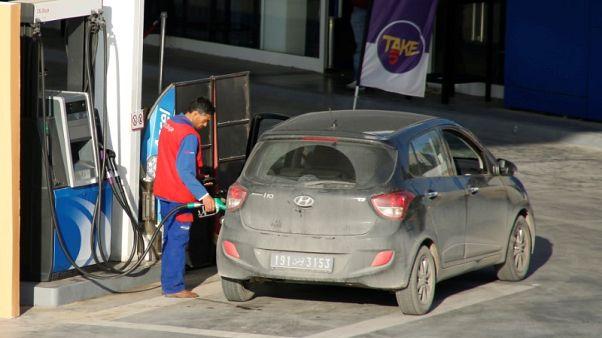 تونس ترفع أسعار المحروقات من جديد لخفض عجز الموازنة