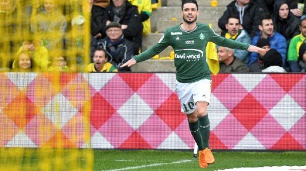 Ligue 1: Saint-Étienne recolle à l'Europe en gagnant à Nantes
