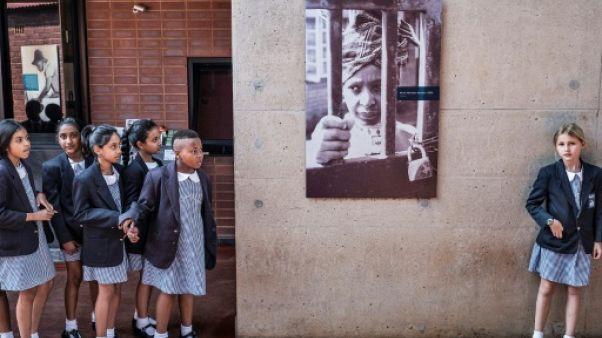 """L'Afrique du Sud honore """"l'esprit de combat"""" de Winnie Mandela"""
