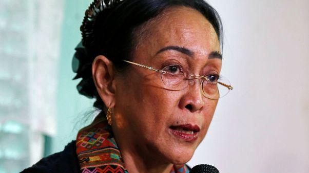 """جماعات إسلامية في إندونيسيا تتقدم ببلاغ ضد سياسية ألقت قصيدة """"تجديفية"""""""