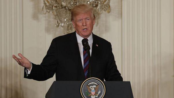 ترامب يوافق على بقاء القوات الأمريكية في سوريا لفترة ثم سحبها قريبا