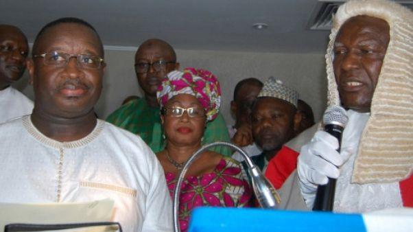 Sierra Leone: le chef de l'opposition élu président, son adversaire refuse le verdict