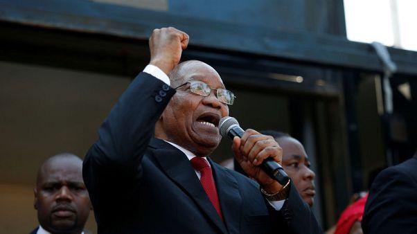 رئيس جنوب أفريقيا السابق زوما يدفع ببراءته من اتهامات بالفساد