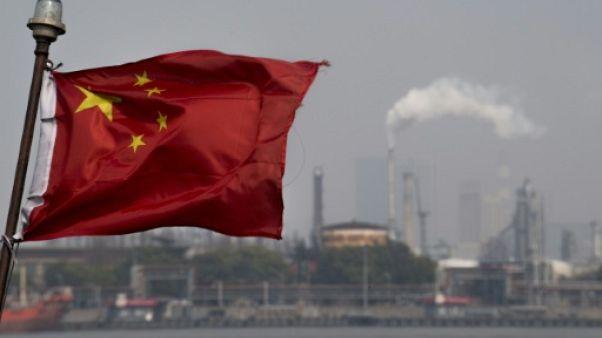 """La Chine appelle l'UE """"à agir ensemble"""" contre le protectionnisme américain"""