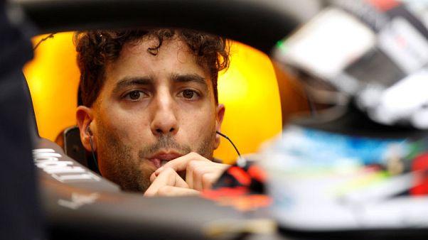 ريتشياردو سائق رد بول يتصدر جولة التجارب الحرة الأولى لسباق البحرين