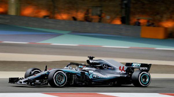 هاميلتون يتراجع خمسة مراكز عند الانطلاق في سباق جائزة البحرين بسبب تغيير صندوق التروس