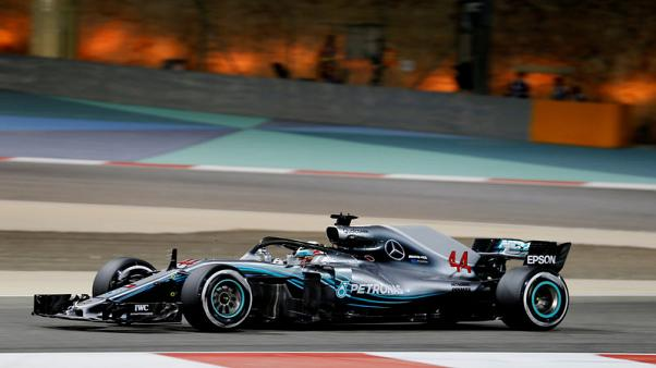 هاميلتون يتراجع خمسة مراكز عند الانطلاق في سباق جائزة البحرين بعد تغيير صندوق التروس