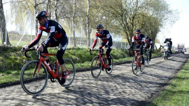 Cyclisme: le coureur de Paris-Roubaix a un ennemi, les vibrations