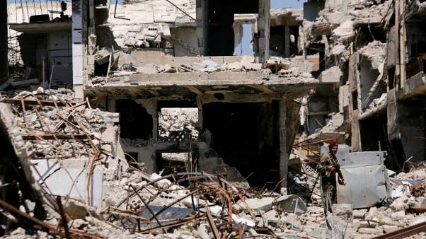 أمريكا تقول إنها تتابع تقارير عن هجوم كيماوي محتمل في سوريا