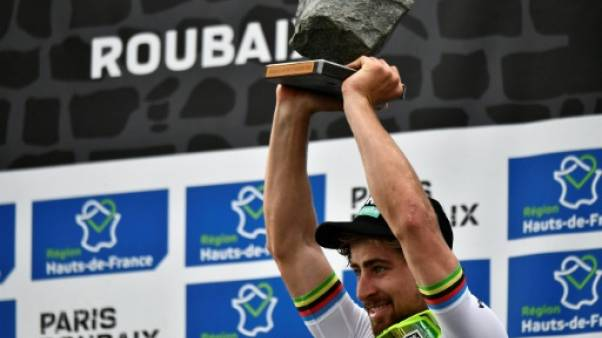 Paris-Roubaix: Sagan en champion du monde, Goolaerts entre la vie et la mort