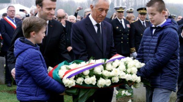 """Macron défend l'Europe lors du centenaire du """"Verdun portugais"""""""