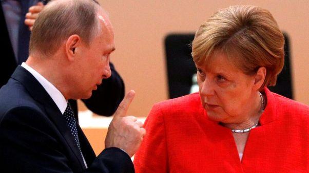 الكرملين: بوتين وميركل يبحثان قضايا سوريا وأوكرانيا والطاقة هاتفيا