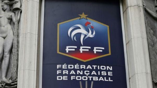 """Morts subites dans le foot français: la FFF penche pour une """"coïncidence malheureuse"""""""