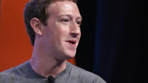 """Facebook: Zuckerberg va dire au Congrès qu'il a fait une """"erreur"""" personnelle"""