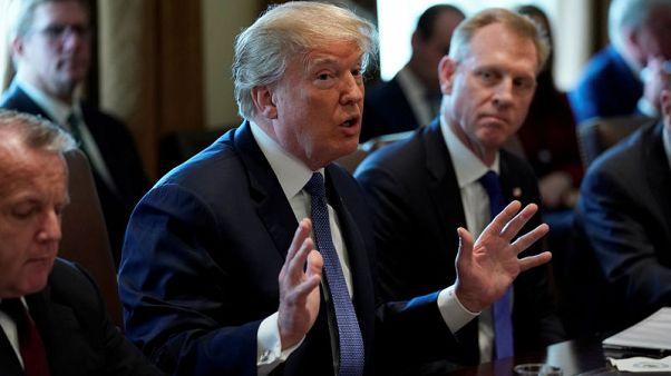 ترامب يقول سيتخذ قرارا بشأن سوريا ربما بنهاية يوم الاثنين
