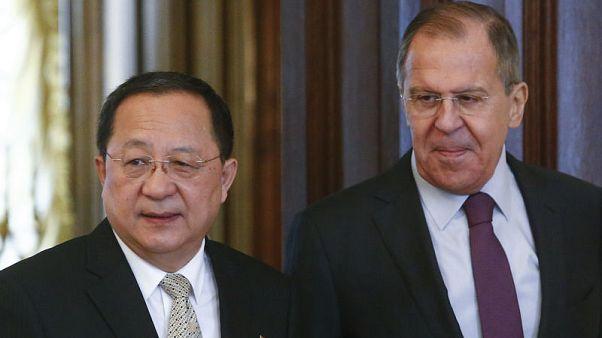 لافروف يعلن قبول دعوة لزيارة كوريا الشمالية
