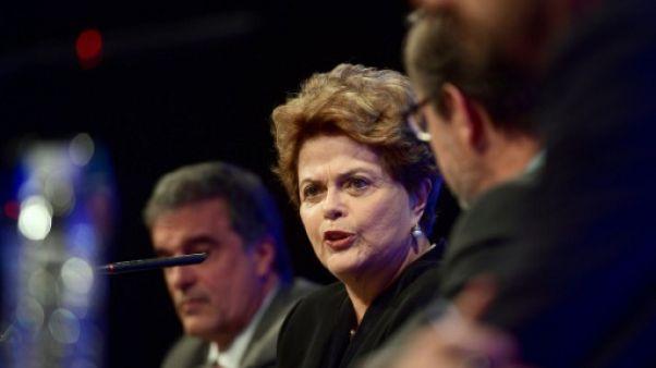 """Rousseff appelle à la """"solidarité internationale"""" avec Lula"""
