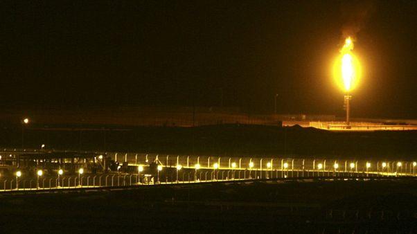 وزارة الطاقة: السعودية تعتزم إبقاء صادراتها من النفط في مايو دون مستوى 7 ملايين ب/ي