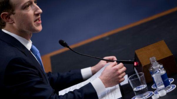 Facebook: Zuckerberg fait son mea-culpa devant le Congrès