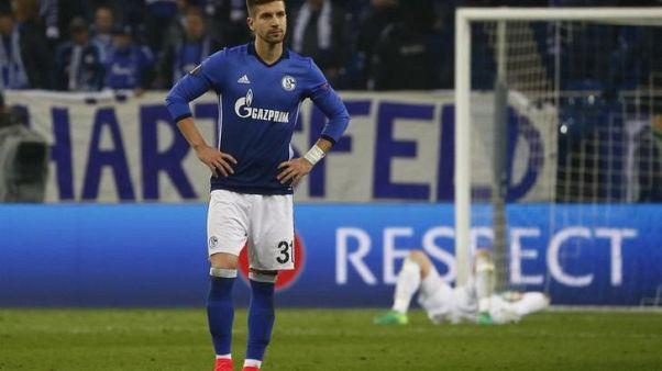 الشكوك تحيط بمشاركة ناستاسيتش في كأس العالم بعد إصابته في الركبة