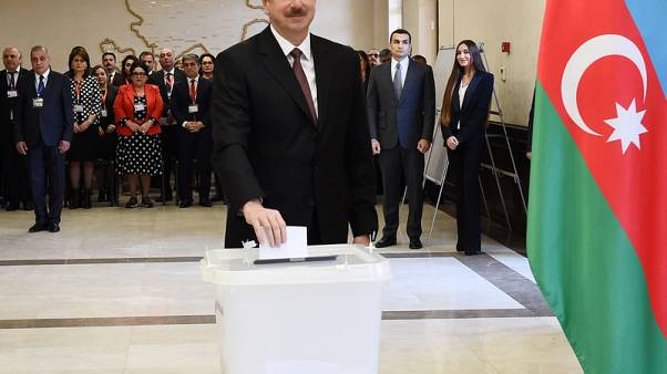 علييف يفوز برئاسة أذربيجان لولاية رابعة