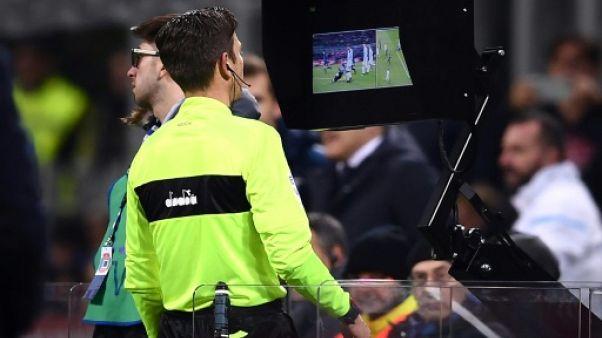 Angleterre: pas d'assistance vidéo à l'arbitrage (VAR) en Premier League en 2018/19