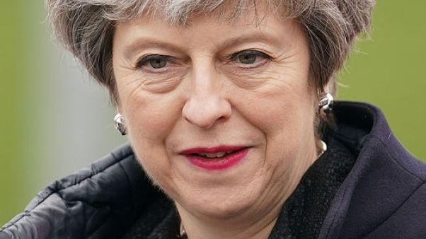 ماي: الضربات البريطانية في سوريا تهدف لمنع استخدام الأسلحة الكيماوية