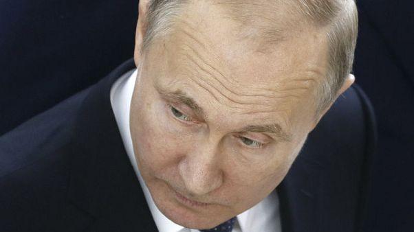 """بوتين يتوقع """"فوضى"""" عالمية إذا ضرب الغرب سوريا مجددا"""