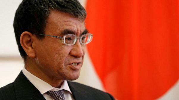 وزيرا خارجية اليابان والصين يتعهدان بتحسين العلاقات