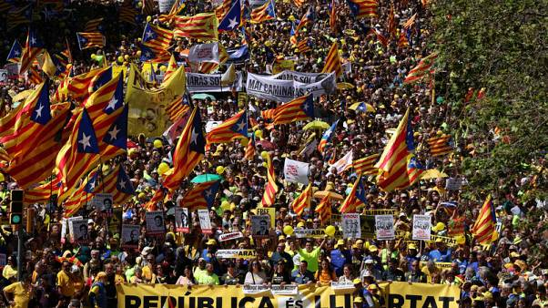 مظاهرات في مدينة برشلونة الإسبانية دعما لزعماء انفصاليين مسجونين