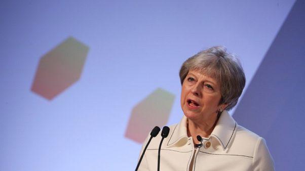 ماي: الضربات في سوريا كانت في مصلحة بريطانيا وليس تنفيذا لأوامر ترامب