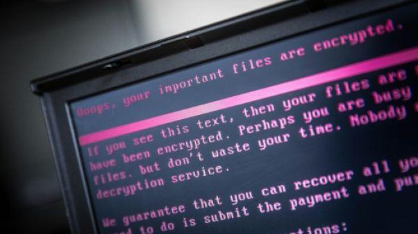 """Washington et Londres font état d'une """"cyberactivité malveillante"""" de la Russie"""