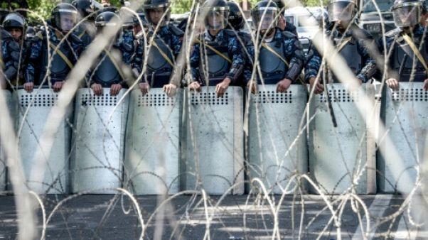 Arménie: la colère gronde contre l'ex-président nommé Premier ministre