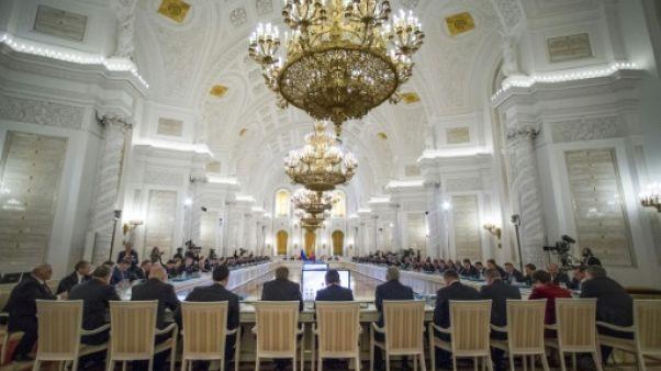 Les hauts responsables russes déclarent leurs revenus, souvent vertigineux