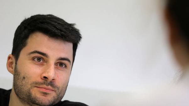 شاب بلغاري يقول إنه برئ من تهمة خرق الحظر الأمريكي على سوريا