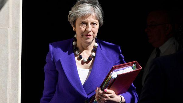 "رئيسة وزراء بريطانيا: لاجئو ""جيل ويندراش"" بريطانيون"