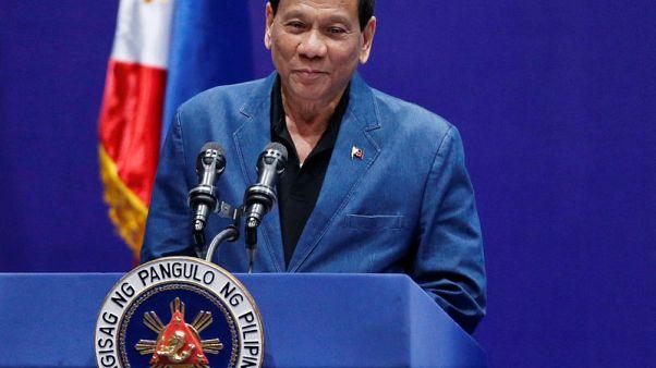 الرئيس الفلبيني يقول إنه من أمر بالتحقيق بشأن الراهبة الاسترالية