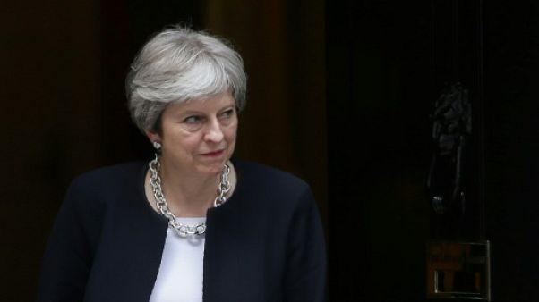 May perd une bataille législative sur le Brexit devant la chambre des Lords