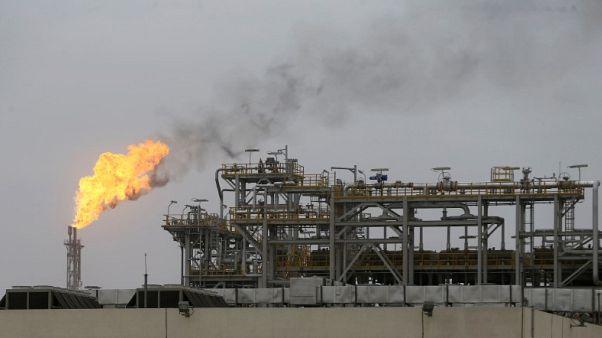 وزير طاقة الإمارات يقول سوق النفط مازالت تتوازن