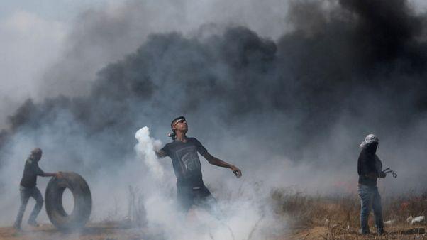 مسعفون: قوات إسرائيلية تقتل فلسطينيا في احتجاجات عند حدود غزة
