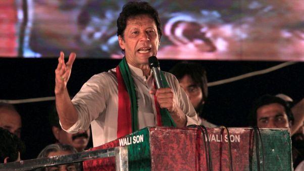 المعارض الباكستاني عمران خان يخاطب الفقراء ويتعهد بتغيير جذري