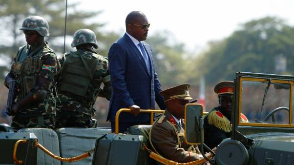 بوروندي تعتقل مسؤولا قال إن خصوم الرئيس يجب إلقاؤهم في بحيرة