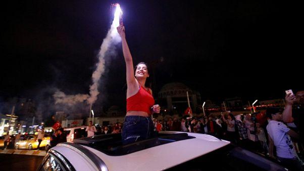 تركيا تطرح حزمة حوافز تتكلف ستة مليارات دولار قبل الانتخابات